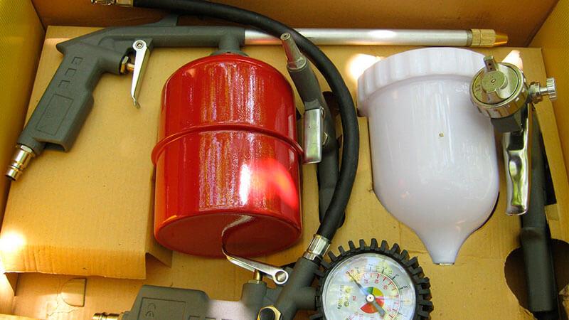 воздушный компрессор и краскопульт